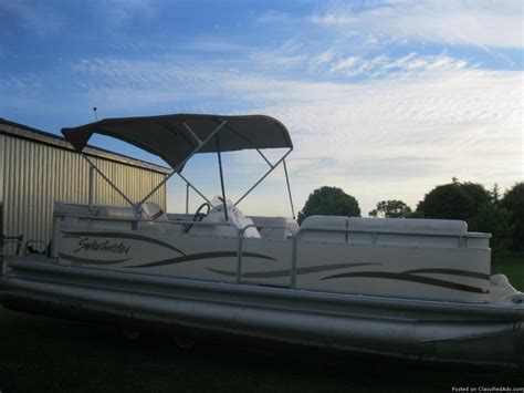 sweetwater pontoon boat seats 2004 sweetwater pontoon boats for sale
