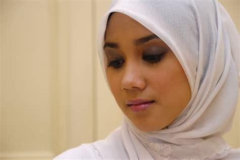 perempuan muslim jilbab kisah inspirasi wanita kenapa wanita muslim lebih cantik