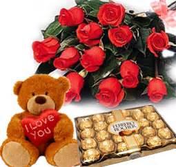 flowers and chocolate anniversary flowers send wedding flowers anniversary gifts to delhi