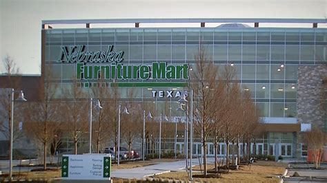 Nabraska Furniture Mart by Nebraska Furniture Mart Gives Dfw Shoppers A Reason To Look Around Nbc 5 Dallas Fort Worth