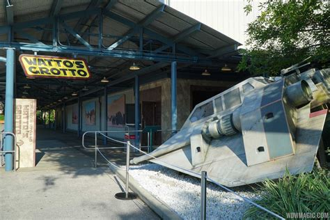 wars store photos inside the new watto s grotto wars store at