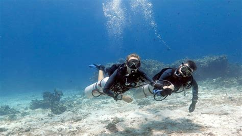 dive phuket sidemount diver aussie divers phuket