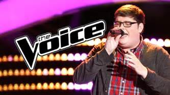 chandelier the voice the voice 2015 premiere recap smith sings