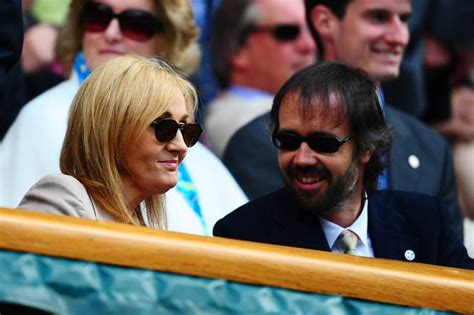 How Much Money If You Win Wimbledon - jk rowling eats strawberries in the royal box at wimbledon