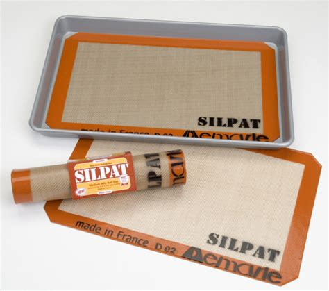 silpat matte silpat pastry and baking mat jelly roll pan size