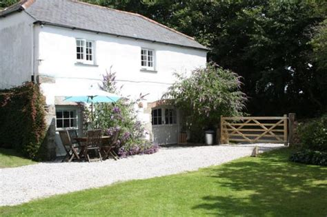 Independent Cottages Cornwall by Higher Tregidden Friendly Rental In Cornwall