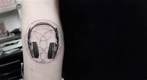 9 awesome minimalist tattoos ideas 99inspiration
