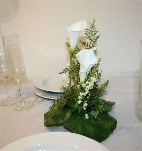 Tischdeko Hochzeit Calla by Tischdeko Callas Hoch Gesteckt Hochzeitsdekorationen