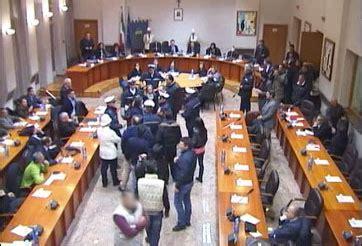 regolamento interno cooperative tensioni in consiglio approvato regolamento di controllo