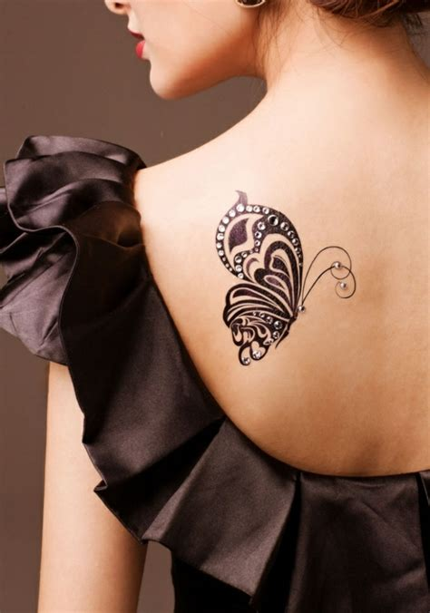 Schmetterling Tattoo Bedeutung Sch 246 N Und Sinnvoll Shoulder 30 Beautiful Shoulder Tattoos For