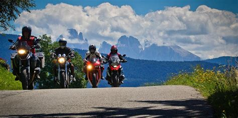 Motorradfahren Dolomiten by Tolle Motorradtouren In Den Dolomiten S 252 Dtirol