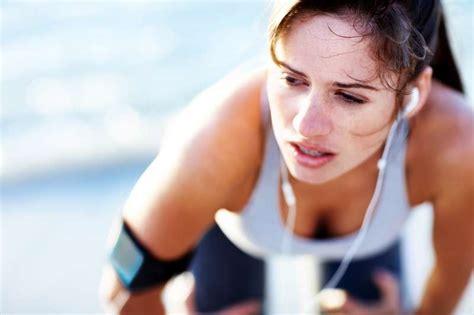 zu hause sport treiben sportsucht kann wirklich zu viel sport treiben fit