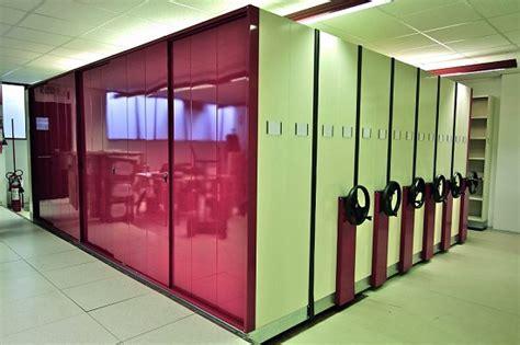 scaffali per biblioteche tirrenia srl scaffalature per biblioteche librerie per
