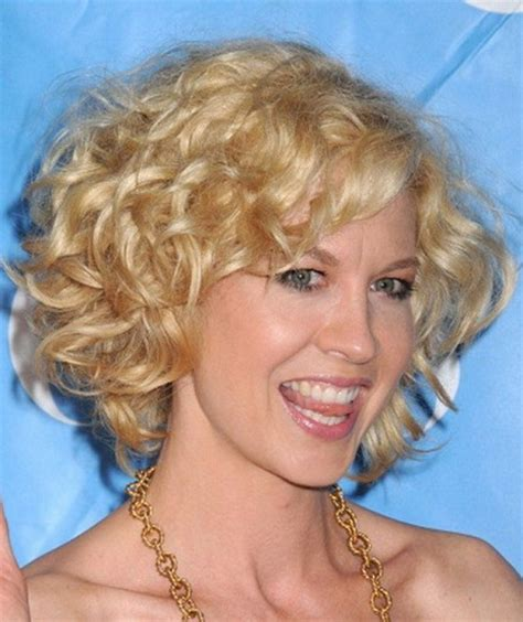 images of hairstyles for in their 50 s short hairstyles for women in their 50s