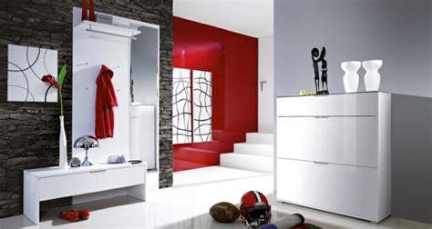 flur gestalten rot garderobenm 246 bel moderne und funktionelle vorschl 228 ge