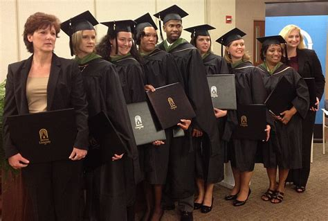 Brenau Mba Administration by Bay Cus Awards Degrees To Second Mba Cohort