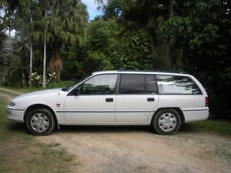 holden dealer cairns 1997 used holden commodore wagon car sales cairns qld