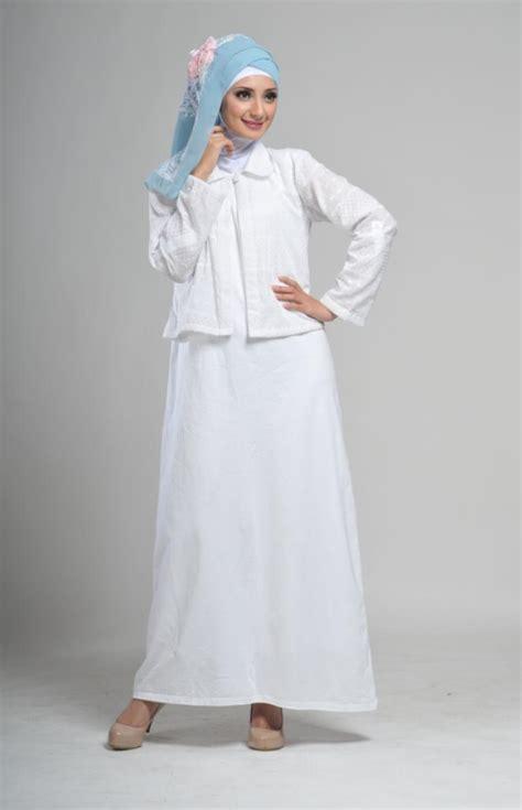 Baju Muslim Putih Jumbo kumpulan busana muslim gamis warna putih terbaru trend 2018 contoh baju muslimah terbaru
