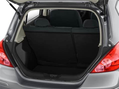 nissan tiida trunk space 2011 nissan versa 5dr hb i4 auto 1 8 s trunk