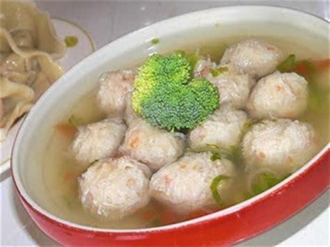 bahan membuat kuah bakso ayam cara membuat bakso ayam kenyal dan nikmat