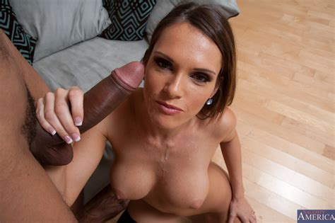 Naughty Babe Seduced Her Best Friend Photos Jennifer Dark