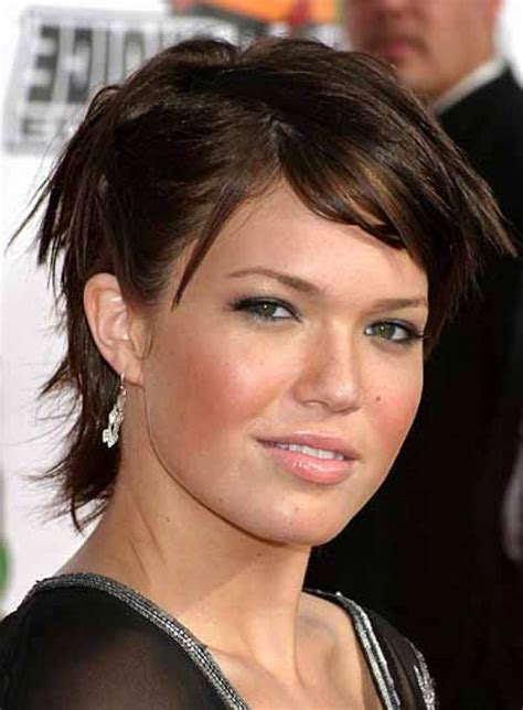 medium hairstyles for fat faces 20 best hairstyles for fat women feed inspiration