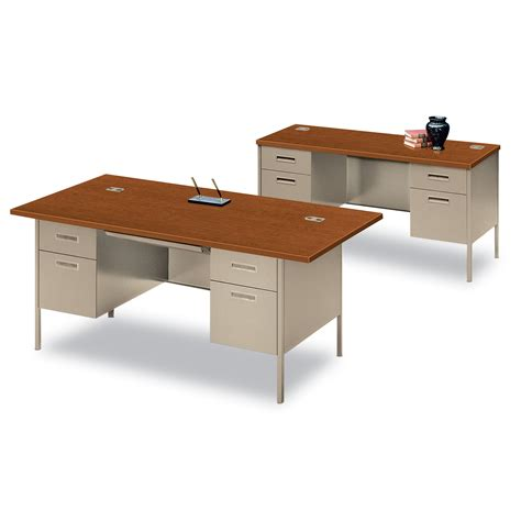 metro office furniture high end style without the high end