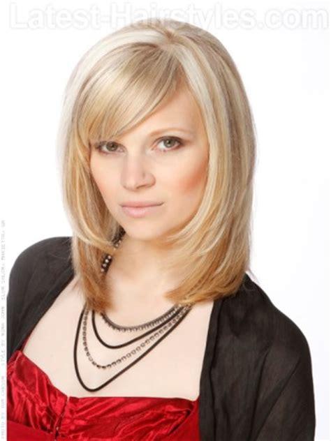 fringes front face framing below chin haircuts cortes de cabello de moda para mujer