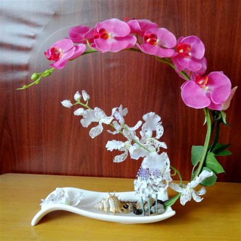 Bunga Anggrek Cattleya Artificial Tanaman Plastik Hias Dekorasi 11 inspirasi tanaman hias mini untuk meja kerja usir galau dan bikin hati berbunga bunga
