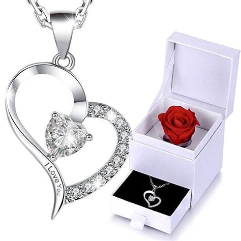 Valentines Gifts For Everyone Ly Fashion Finds best 25 gift for ideas on