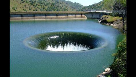 imagenes sorprendentes de todo el mundo los 10 agujeros m 225 s peligrosos e impresionantes del mundo