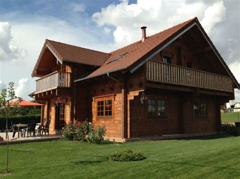 maison de poupéé en bois 500 maison 7 pi 232 ces 170 m 178 madriers massifs annonce maison