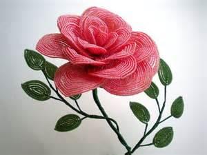 плетение цветов из бисера картинки