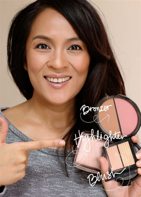 Eyeshadow Wardah Highlighter travel tip time you can use your bronzer blush and highlighter as improv eyeshadows makeup