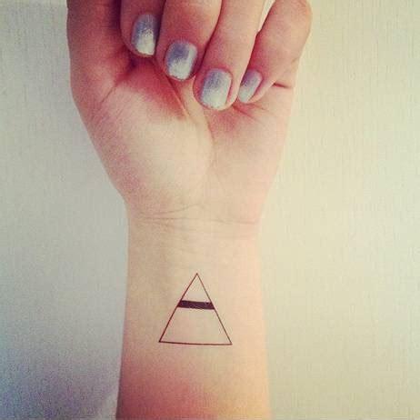 tatuaggi i triangoli idee e significati
