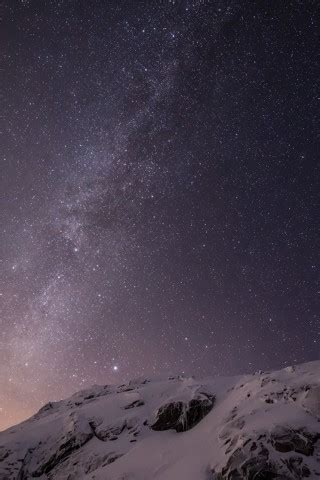 ios 7 default wallpaper iphone 6 plus ios 8 milky way over mountain parallax default iphone 5