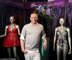 Second Gold By Giles Deacon Collection Launches Today At New Look by Sam Faiers Covers Up For Launch Of Giles Deacon S
