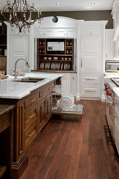 colonial kitchen ideas best 25 colonial style ideas on