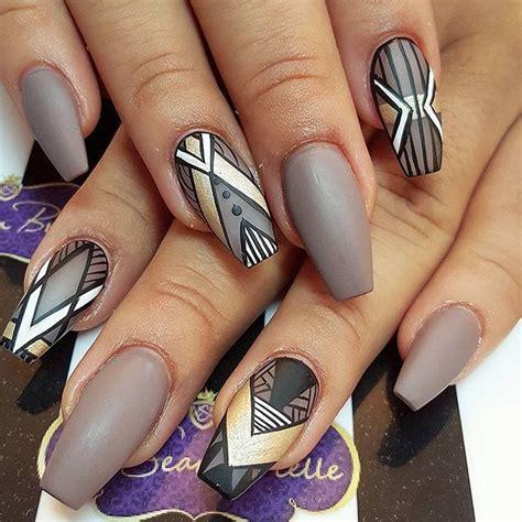fotos uñas acrilicas navideñas m 225 s de 25 ideas incre 237 bles sobre acrylic nails coffin grey