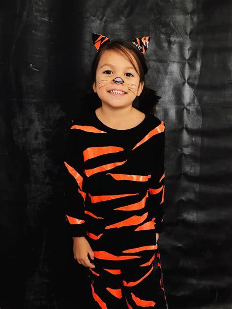 diy tiger halloween costume duck tape babiekins magazine