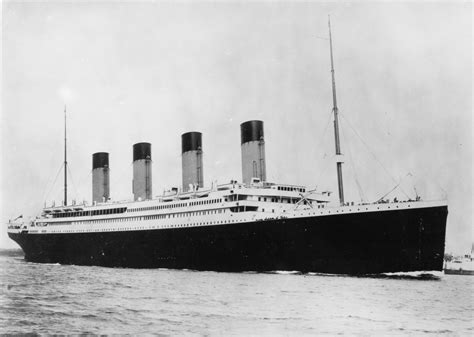 real titanic boat images the titanic by leona publish with glogster