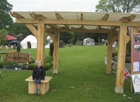 traditional oak timber frame manufacture