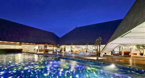 kuta beach heritage hotel  bali room deals