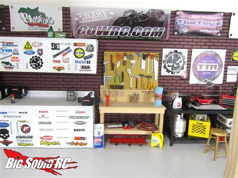 winter project building a scale garage with thetoyz
