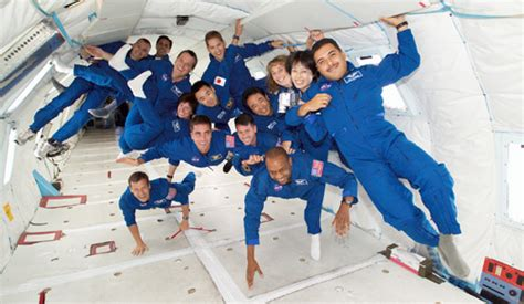 no gravity room nasa nasa astronaut candidates explore zero gravity