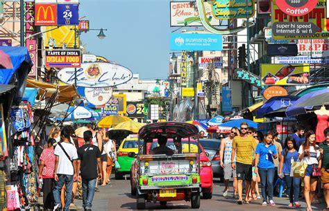 d d inn koh san road khao san road le quartier des backpackers vivre en
