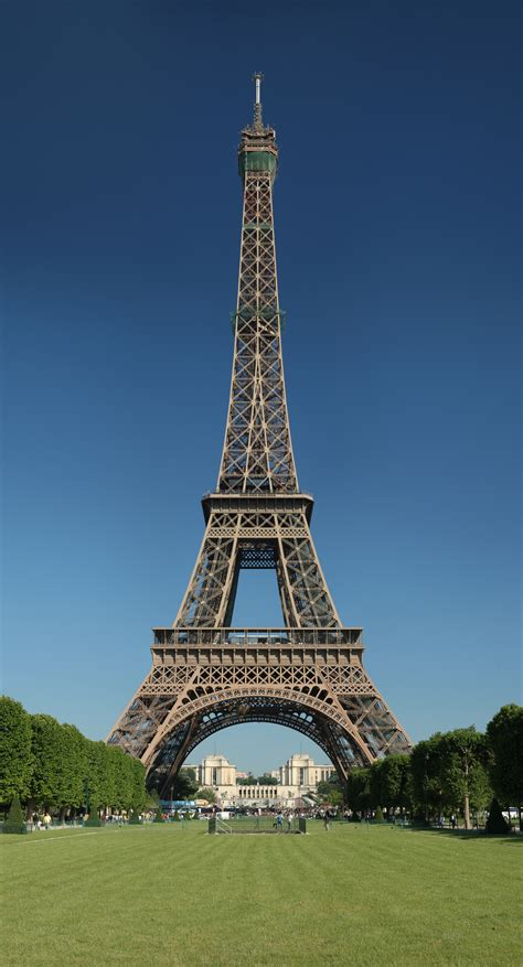 the eiffel tower how tall is the eiffel tower wonderopolis