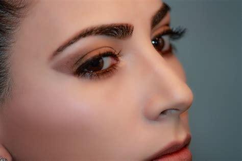 Bold Eyebrow Selfie Time guest post 6 makeup hacks for a selfie royalty
