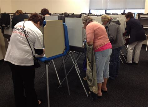 is iowa a swing state iowa first swing state to allow early in person voting