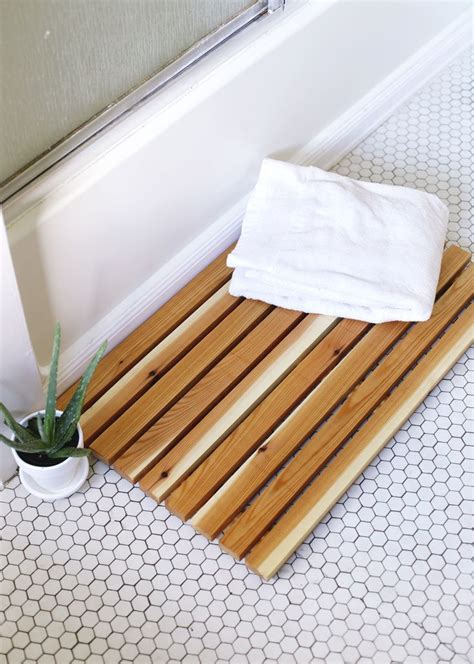 Bathroom Mat Ideas | 7 bath mat ideas to make your bathroom feel more like a spa